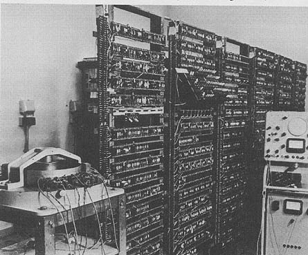 9.2 The Manchester University experimental transistor computer,